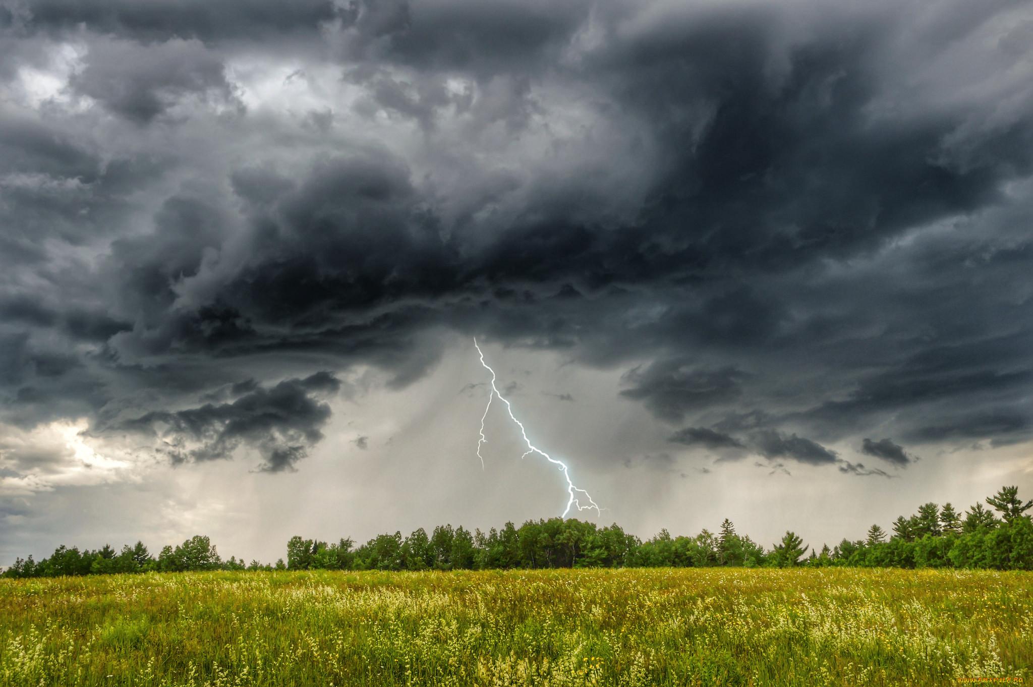 использовать картинки гроза и молния дождь поселке хбк возводили
